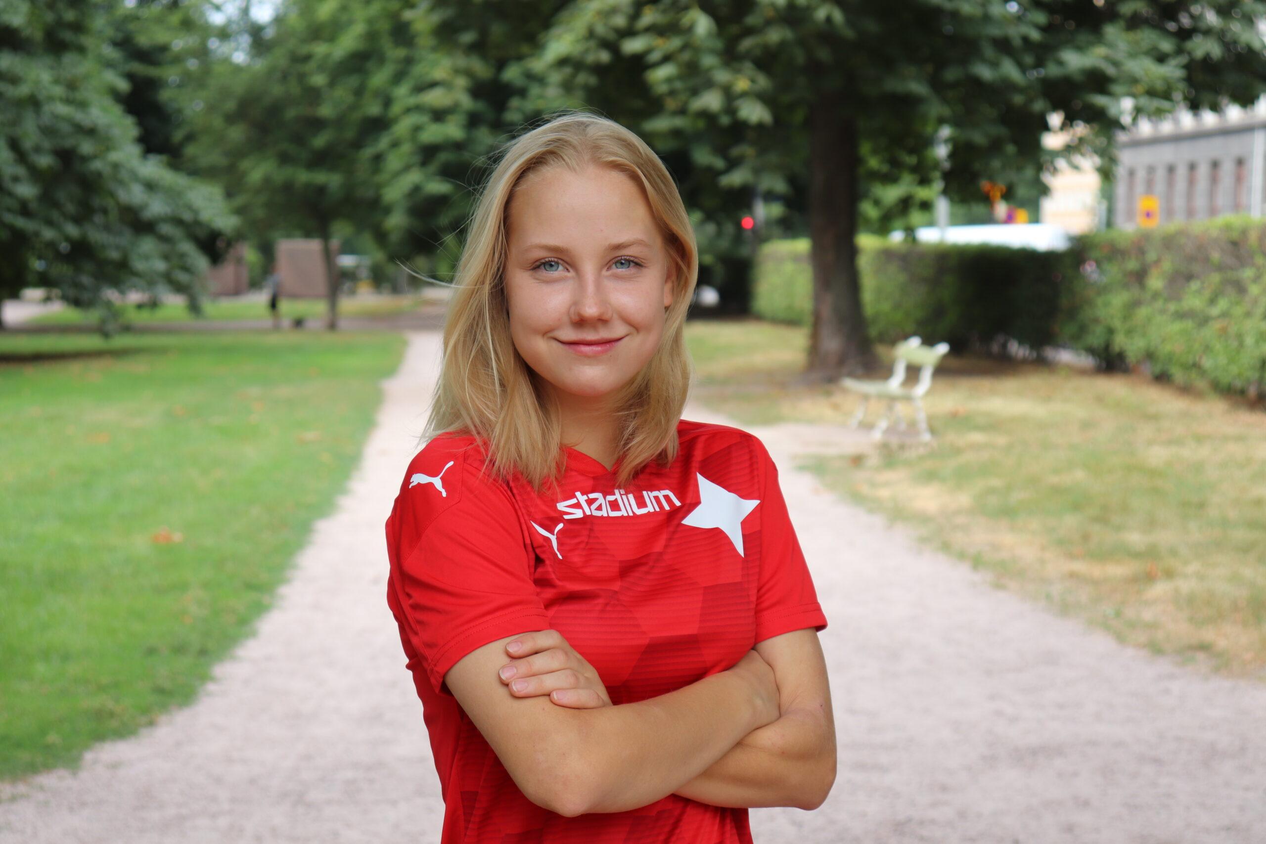 Selja Laine liittyy HIFK:n joukkueeseen